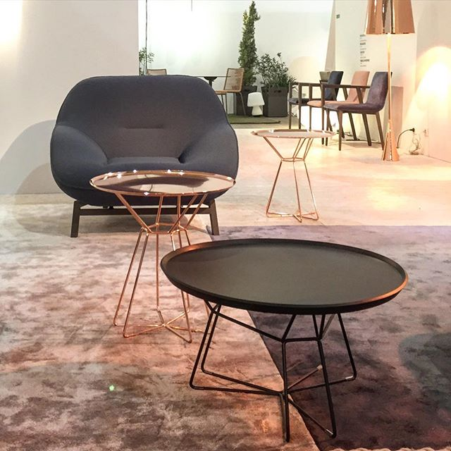 cinna table basse cheap table basse cinna with cinna table basse jartix page achat table basse. Black Bedroom Furniture Sets. Home Design Ideas