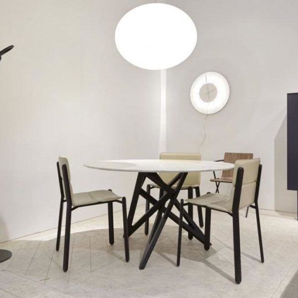 tables de repas cerezo. Black Bedroom Furniture Sets. Home Design Ideas